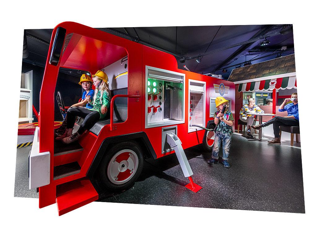 Kinderen spelen bij Mattel Play! Sevenum